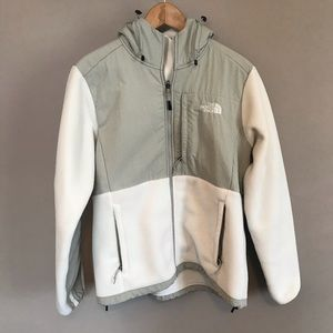 Like new white and gray North Face fleece